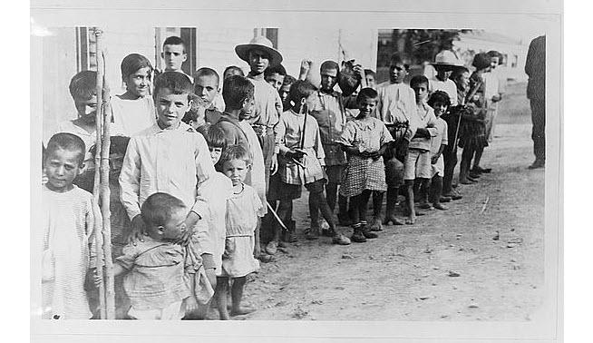 Παιδιά Ελλήνων και Αρμενίων προσφύγων (1923)